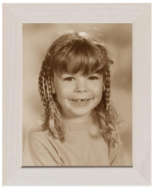 Bilderrahmen mit einem Foto Mädchengesicht